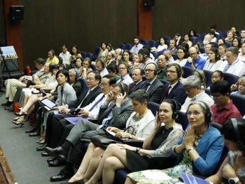 22 Đại sứ quán, tổ chức quốc tế ký Quy tắc ứng xử về chống ô nhiễm chất thải nhựa